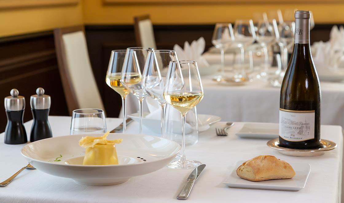 Restaurant la Côte des Monts Damnés à Chavignol - Sancerre - France